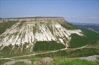 Вид с Чуфут-Кале на север