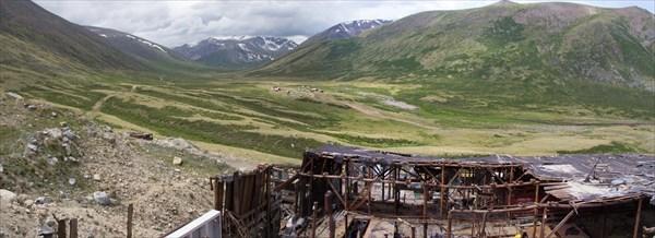 Жумалинские источники с развалин горно-обогатительной фабрики