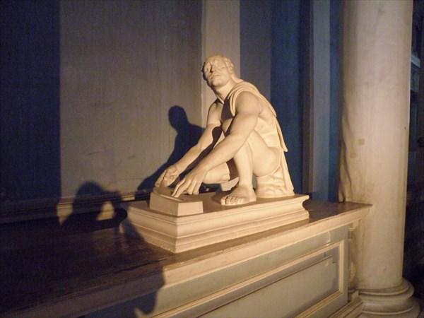 064-Театр-Скульптура
