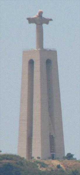 Статуя христа на въезде в лиссабон