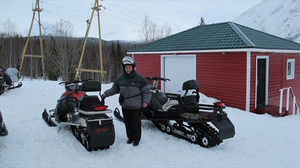 Снегоходы 'Кольских экспедиций'