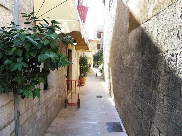 062-Трогир-переулок