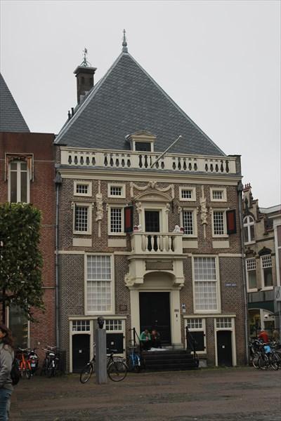 Дом городской стражи