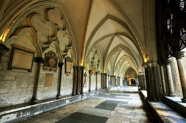 069-Westminster-Abbey-Court